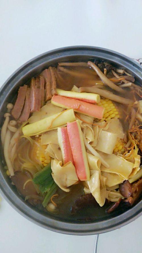 三鲜菌菇汤的做法图解5