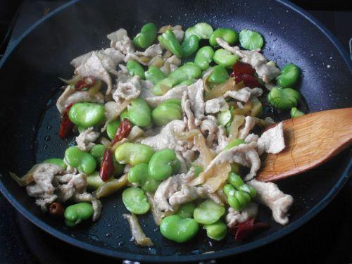 榨菜肉片炒蚕豆 的做法图解7