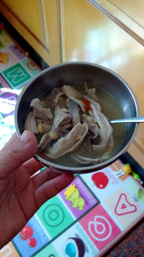猪肚莲子汤的做法图解3
