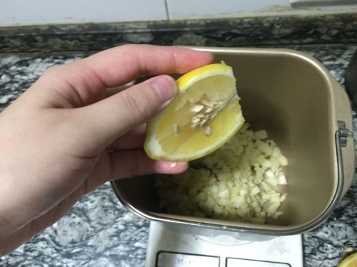 百香果果酱的做法图解3