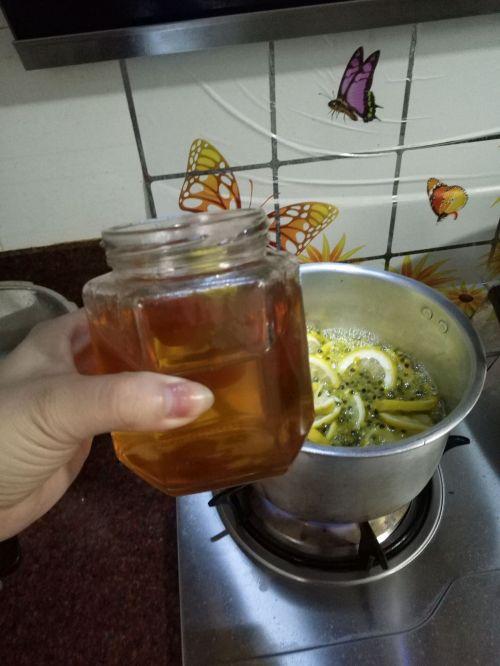 百香果柠檬蜂蜜酱的做法图解4