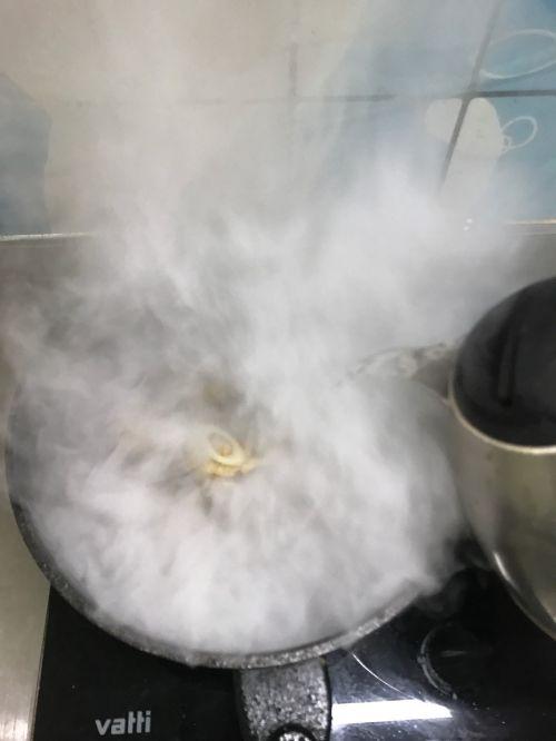 黄鱼蛤蜊鲜汤的做法图解5