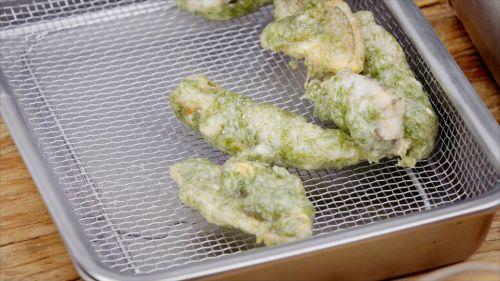 苔条小黄鱼的做法图解3