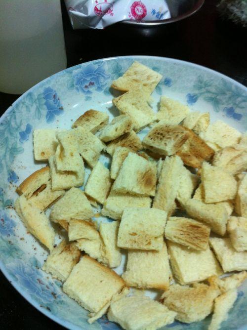 面包糠的做法图解3