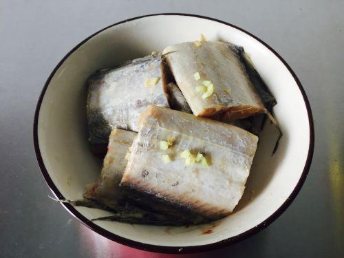 红烧糖醋带鱼的做法图解1