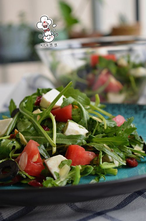 马苏里拉蔬菜沙拉的做法图解8