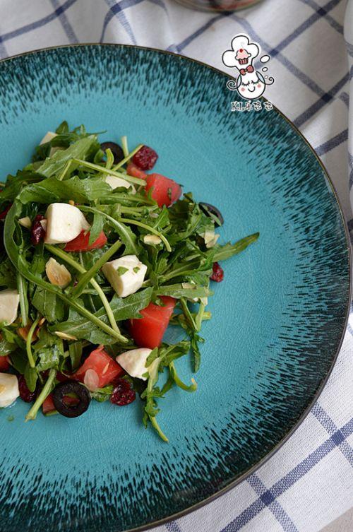 马苏里拉蔬菜沙拉的做法图解9