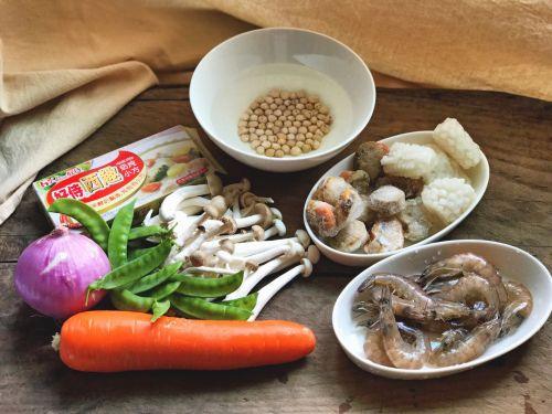 鹰嘴豆奶炖烩海鲜的做法图解1