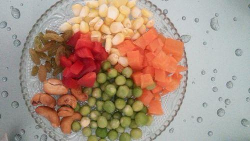 菠萝烩饭的做法图解2