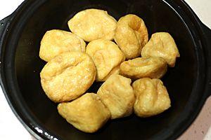 土豆丝烧牛肉过程_快手家常菜:鱼头豆泡(炸豆腐)煲的家常做法 - 家常美食网
