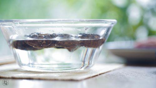 花环豇豆酿肉的做法图解1