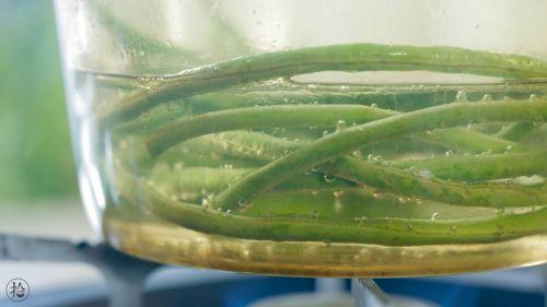 花环豇豆酿肉的做法图解6
