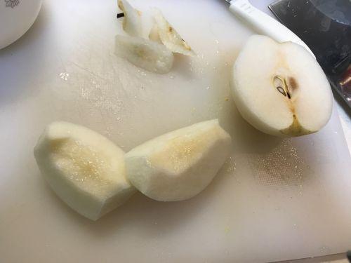 雪梨玉米甜汤的做法图解3