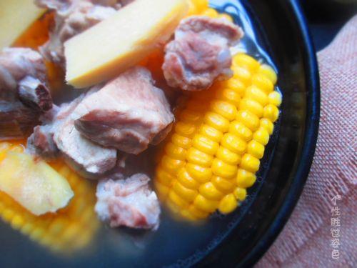 玉米排骨汤的做法图解8