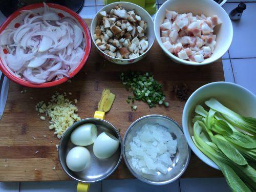 台式卤肉饭的做法图解1