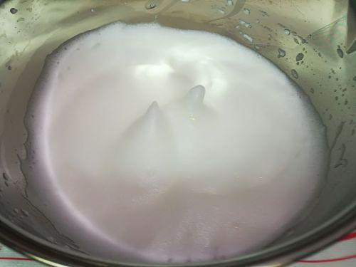 原味戚风蛋糕卷的做法图解8