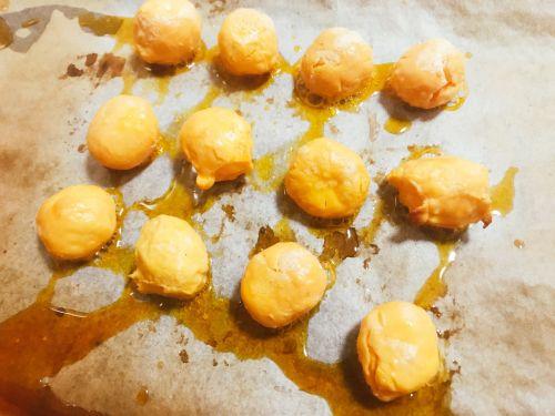 仿香港美心流心奶黄月饼的做法图解2