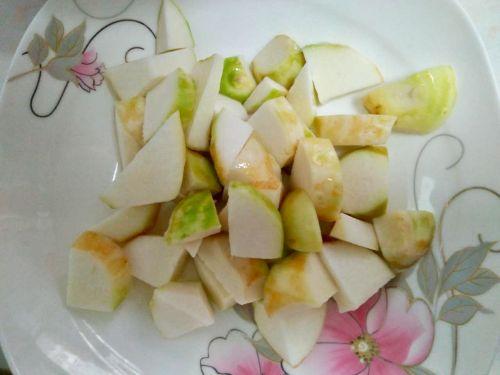 小白菜炖芋头的做法图解3