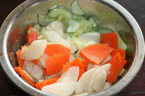 果汁蔬菜沙拉的做法图解2