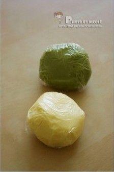双色抹茶圈饼的做法图解5