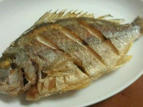 红烧鱼的做法图解2
