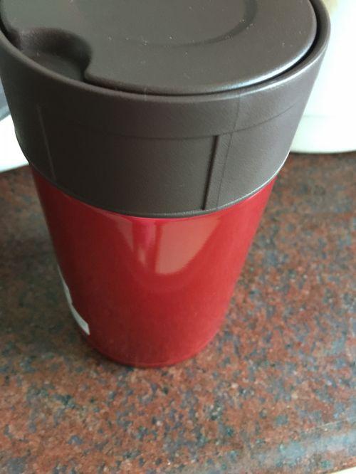 桃胶黑枸杞水果茶的做法图解3