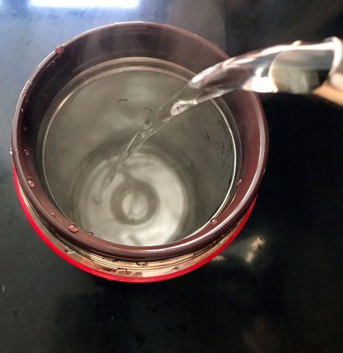 桂花酒酿鸡蛋羹的做法图解1