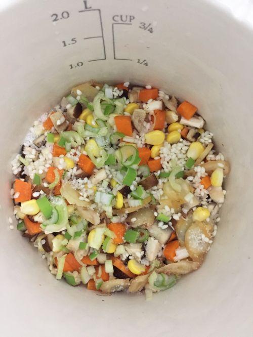 快手海鲜粥的做法图解4