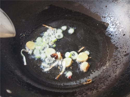 土豆鸡块的做法图解3