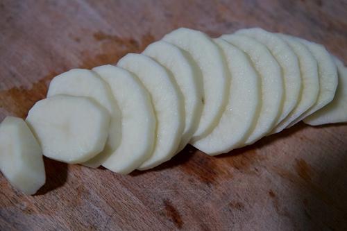 土豆虾球的做法图解3