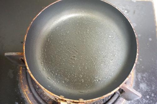 胡萝卜土豆鸡蛋饼的做法图解3