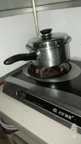 美味伪高汤面条的做法图解1