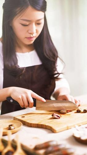 鲜虾金针菇沙茶荞麦面的做法图解2