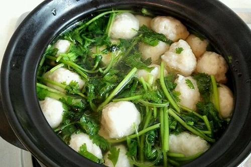 香菜鱼丸汤