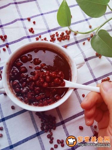 红豆薏米黑米汤的做法图解7