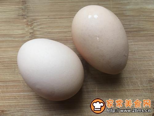 胡萝卜香菜鸡蛋饼的做法图解2