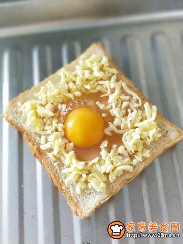 土司太阳蛋的做法图解4