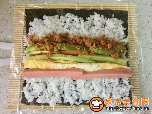 牛油果肉松寿司的做法图解5