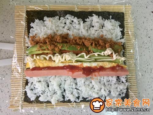 牛油果肉松寿司的做法图解6
