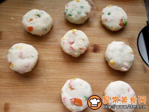 彩蔬土豆饼的做法图解6