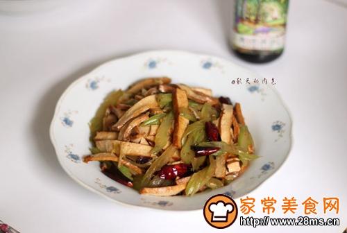 #菁选酱油试用西芹豆干的做法图解9