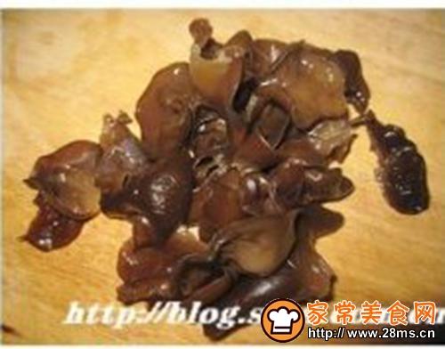韩式拌豆芽的家常做法