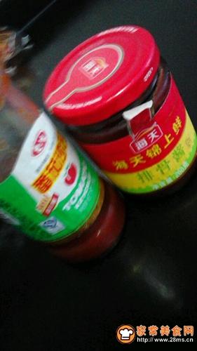 番茄酱炒樱玉豆腐的做法图解2
