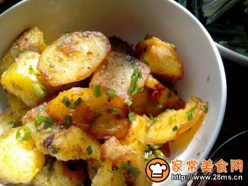 孜然土豆的做法图解1