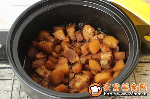 砂锅土豆炖肉的做法图解9