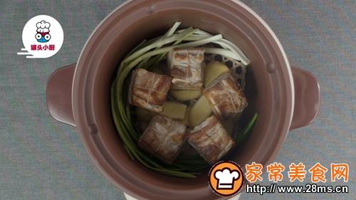 一招炖出不腻东坡肉的做法图解4