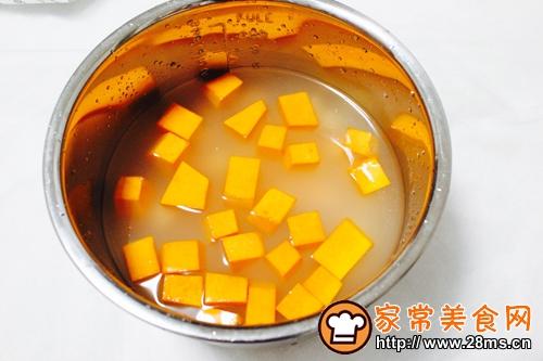 南瓜红薯粥的做法图解3