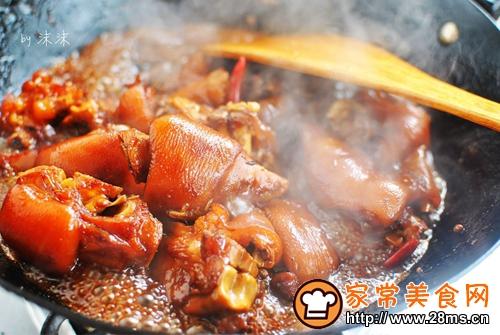 新年必备宴客菜 红烧猪蹄的做法图解6