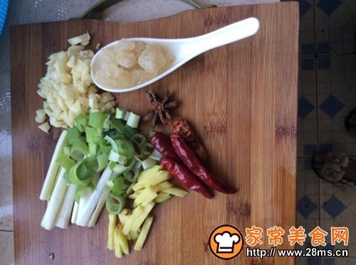 新疆大盘鸡家乡味道的做法图解2