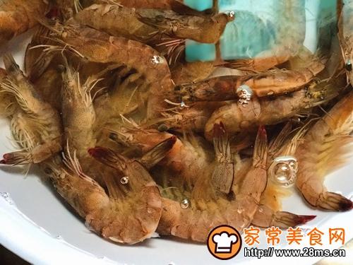 香茅虾的做法图解2